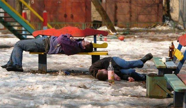 пьяные в стельку мужики фото